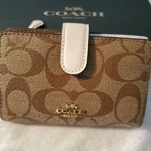 Coach Small wallet, Authentic